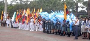 Cerca de un centenar de estudiantes participaron en el pregón cívico