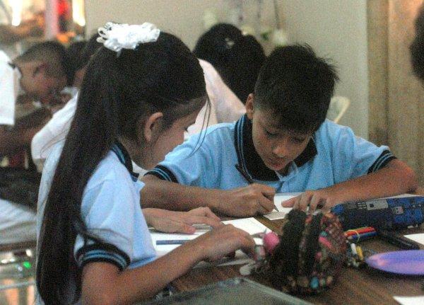 Dibujo y pintura fue uno de los tres concursos que se realizaron el 23 de septiembre.