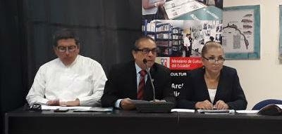 Fernando Mancero (izquierda), Jorge Andrade y Carlota Flores.
